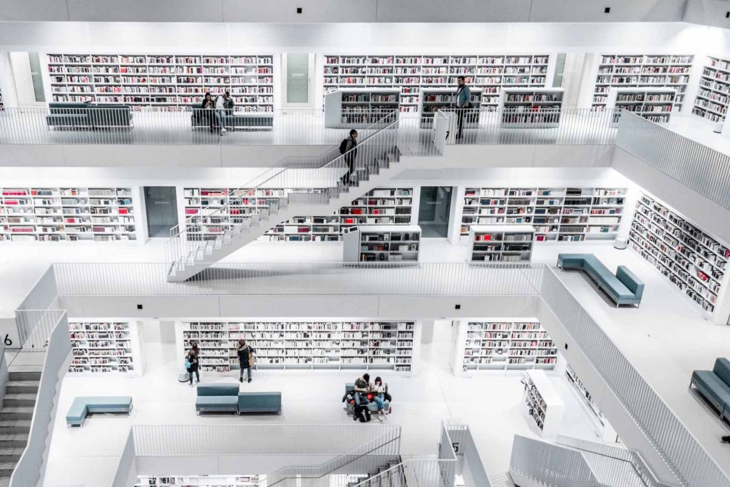 10 Best Books for Freelancers and Business Owners In 2020